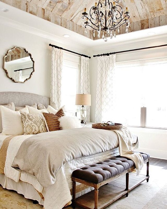 From the well layered bed to the planked ceiling, we live this lovely bedroom from @refreshhome. What do you think? Built by @landmarkhomesoftn : @thistlewood