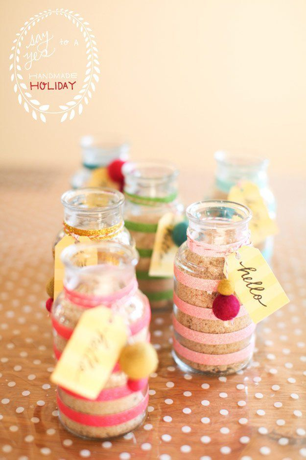 Peppermint Sugar Scrub | 25 DIY Gifts You Can Make in Under an Hour