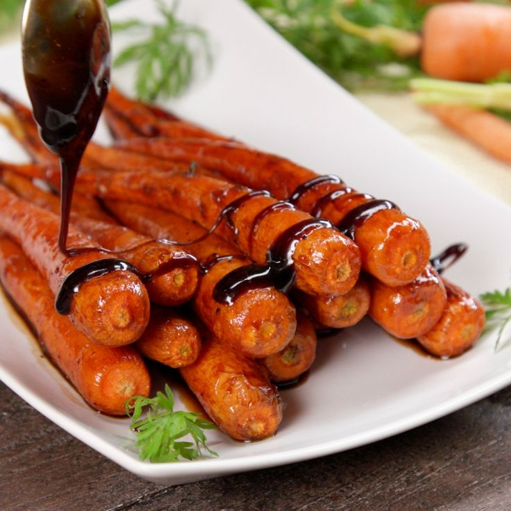 Make roasted carrots the star of the show with a honey balsamic glaze you won't be able to get enough of! You'll want to eat THIS side dish every day.