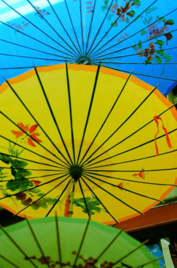 Japanese: Japan Umbrellas, Japan Geishas, Japan Inspiration, Flowers Girls, Japanese Parasols, Oriental Umbrellas, Japan Parasols, Wardrobes Department, Japanese Umbrellas