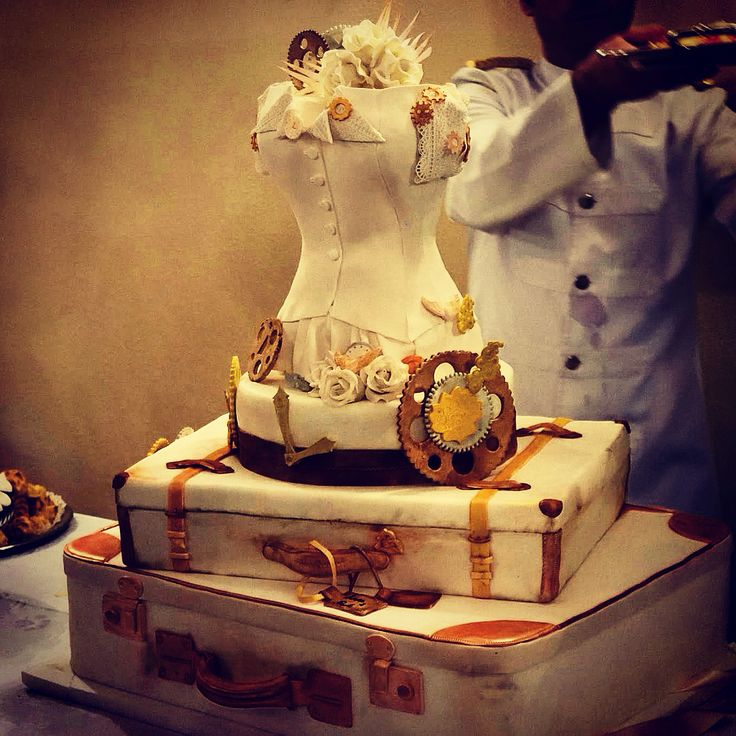 Steampunk cake!