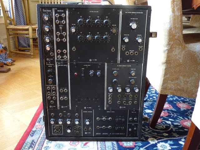 Moog Mother-32 - Thomann France