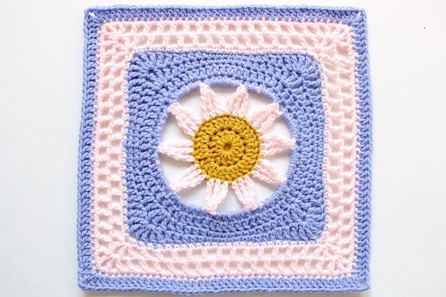 Double triple cluster stitch FTW!Crochet Granny, Melinda Miller, Squares Pattern, Crochet Squares, 126365, Bloom Lace, Granny Squares, Square Patterns, Crochet Pattern