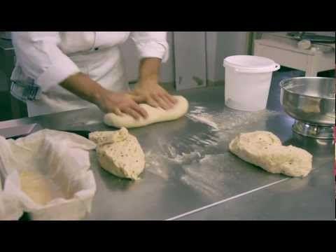 Come Preparare il Pane con la Pasta Madre - Video Istruzionale di Cucina completo - YouTube