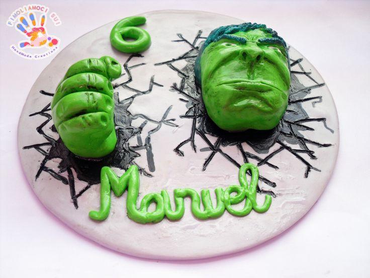 Cake Topper in fimo di HULK da un'immagine presa dal web