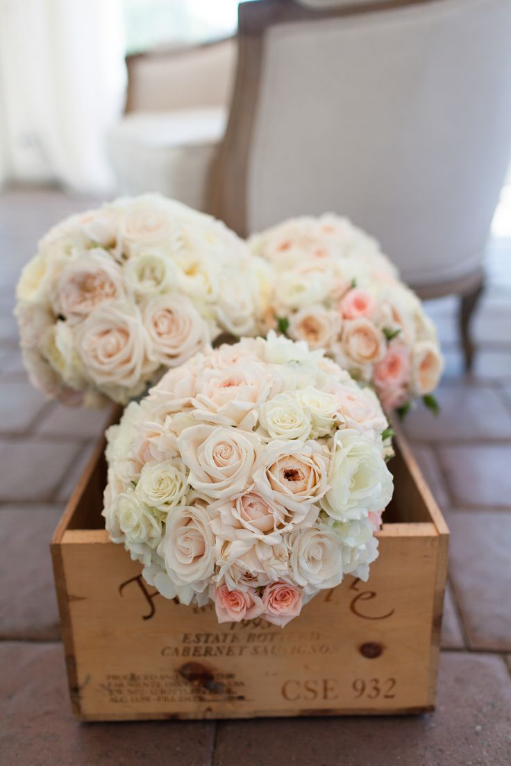 bre's bouquet bre and ted's wedding @viansaweddings Blush and cream garden roses peonies florals by www.winecountryflowers.com Viansa Winery Sonoma Valley Ca image by Megan Clouse Photography