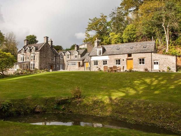 Best large holiday homes and cottages in the UK for a group, family, hen do or stag party