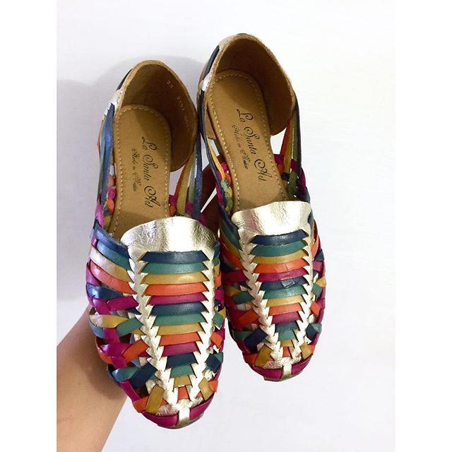 #mulpix •  Carmín Oro/Cobre  •  ya en #Kichink con envíos hasta la puerta de su casa desde $49 pesos a todo el país  #LaSantaArt #CalzadoArtesanal #HechoenMéxico #hechoamano #artesanal #tendencia #leather #shoes #mexican #moda #ss16 #blogger #craft #mexicanbrand #sandals #artisan #shoponline  https://www.kichink.com/stores/lasantaart