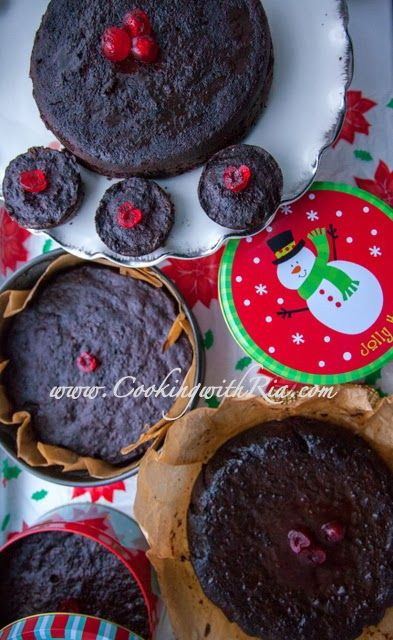 Cooking with Ria: Trinidad Black Cake / Caribbean-Rum-Fruit-Cake