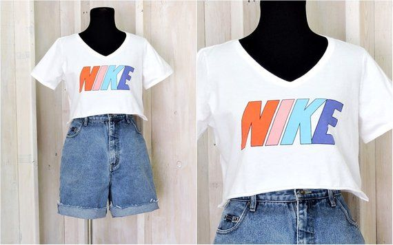 71fc703375dce 90s NIKE cropped tee / NIKE T-shirt / crop top / size M / L ...