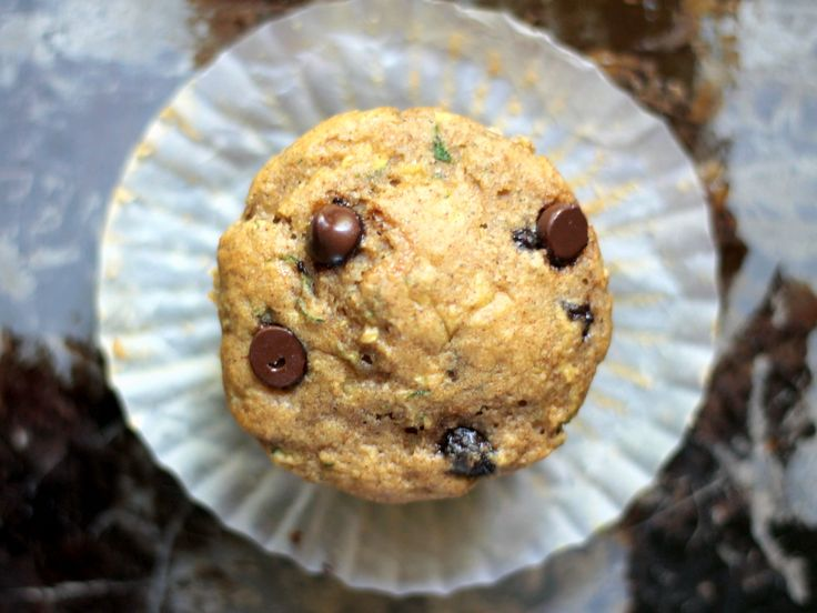Skinny Zucchini Banana Chocolate Chip Muffins {healthy, low-fat}