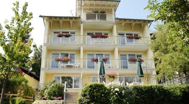 Pension Sonnblick - #Guesthouses - $86 - #Hotels #Austria #SanktKanzian http://www.justigo.in/hotels/austria/sankt-kanzian/pension-sonnblick-st-kanzian-am-klopeiner-see_45080.html