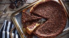 Torta nera con savoiardi