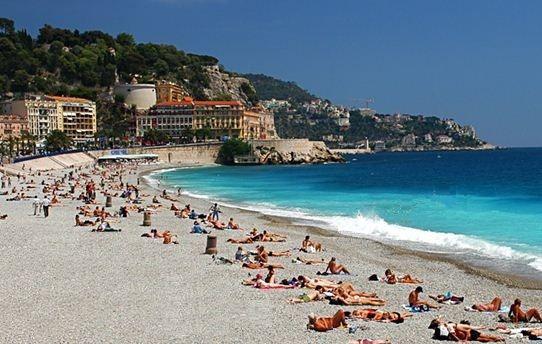 Les plus belles plages des Alpes Maritimes entre Menton et Théoule