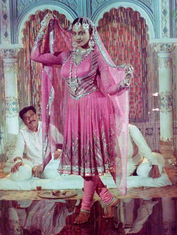 Ravishing Indian Actress Rekha