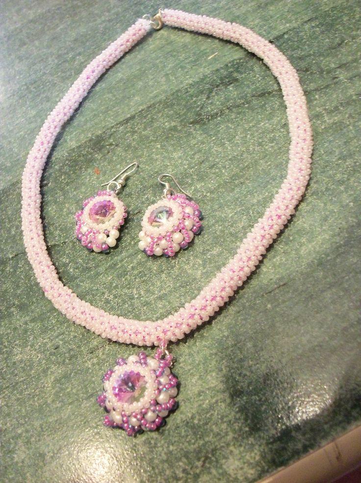 Fialová sada - náhrdelník, náušnice  ->earring, necklace<-