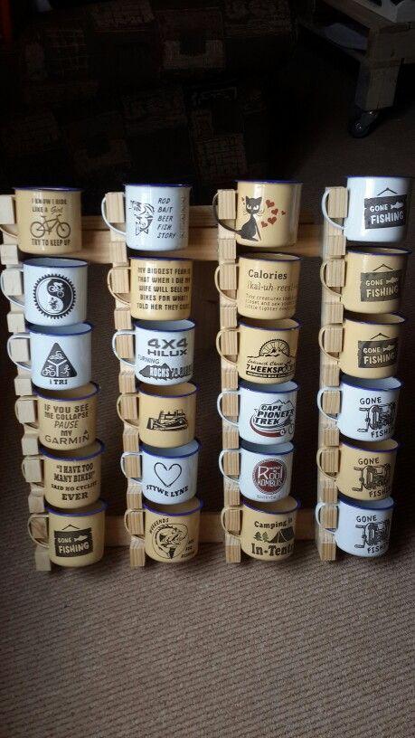 Enamel mug display