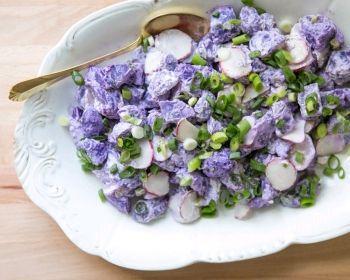 Truffelaardappelsalade met radijs | Recepten