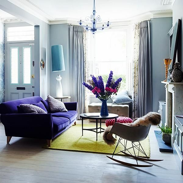 great light/ floorboards and nice deep lounge