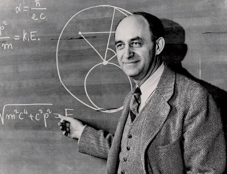 Enrico Fermi (Roma 29.9.1901 - Chicago 28.11.1954) Premio Nobel della Fisica. Iniziato nel 1923 nella R.L. Adriano Lemmi all'Oriente di Roma, allora all'Obbedienza di Piazza del Gesù
