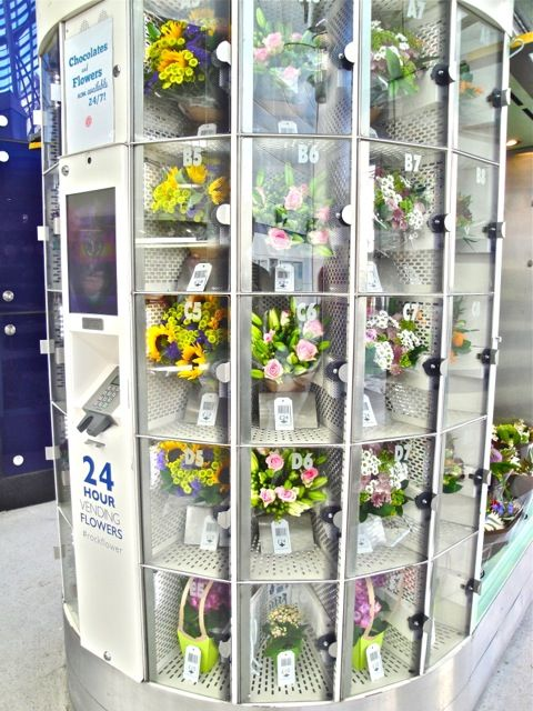 Located in Blackfriars tube station, our kiosk is part retail and part vending machine, making fresh flowers available 24/7.
