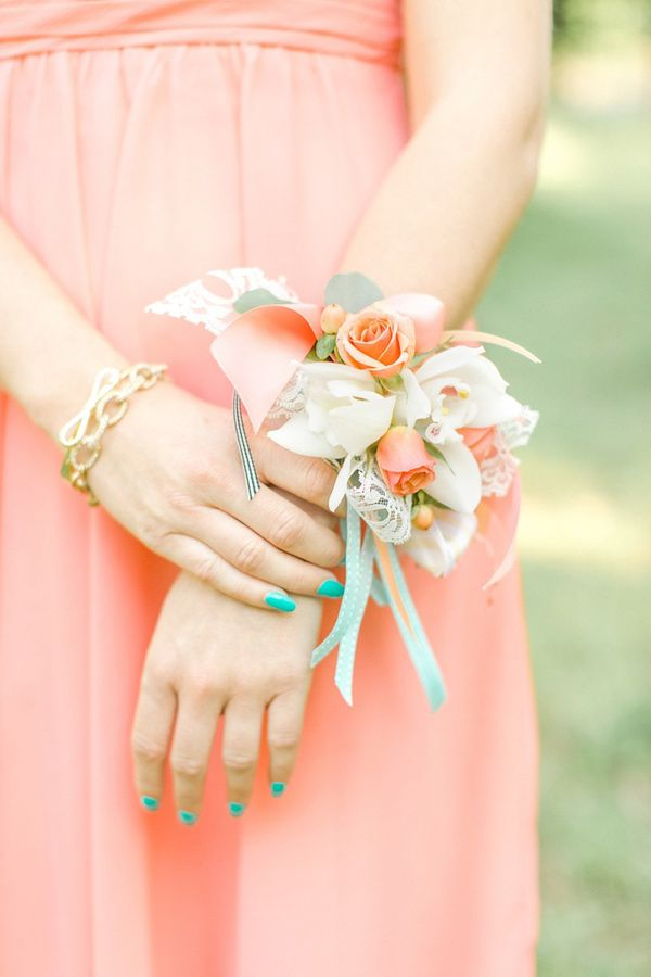 corsage for the bridesmaids, photo by The Nolans http://ruffledblog.com/magnolia-hill-wedding #weddingideas #flowers