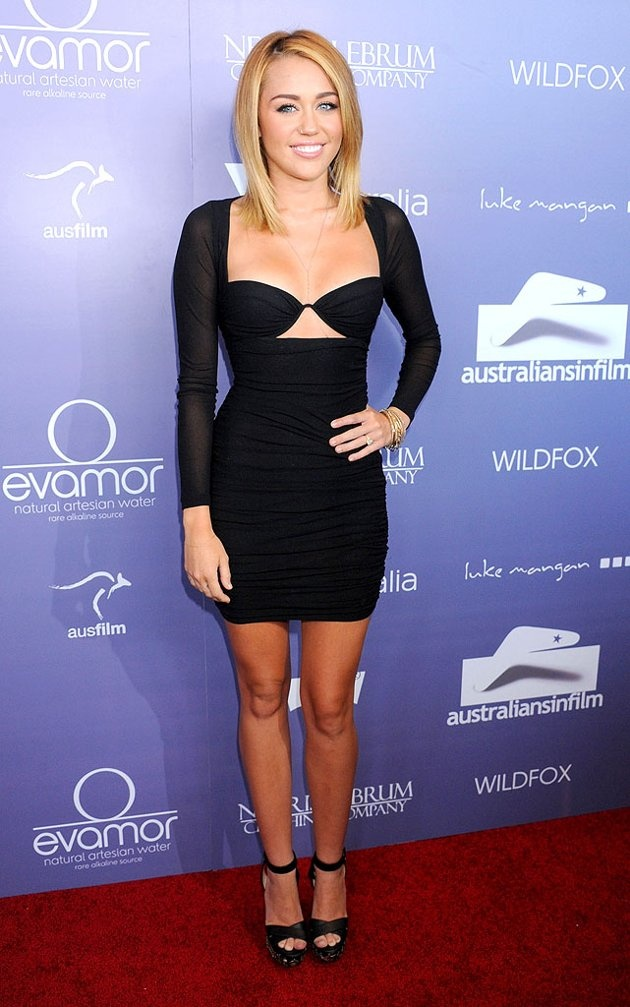 """So she ended up on Yahoo's """"What Were They Thinking?"""" for wearing this dress.  I actually like it."""