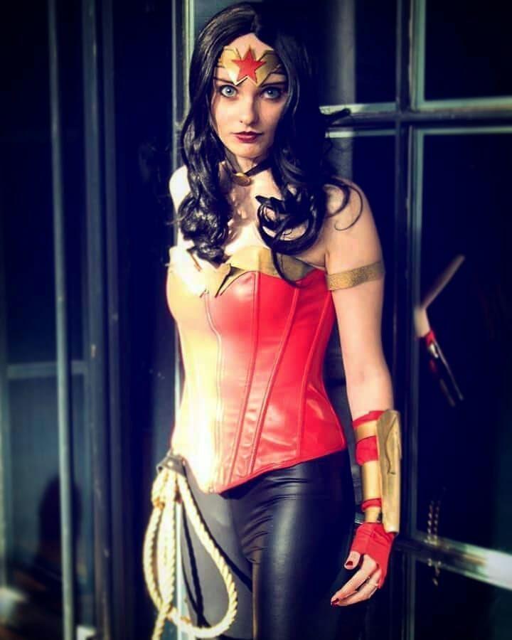 Best 25 Wonder Woman Halloween Costume Ideas On Pinterest -5416