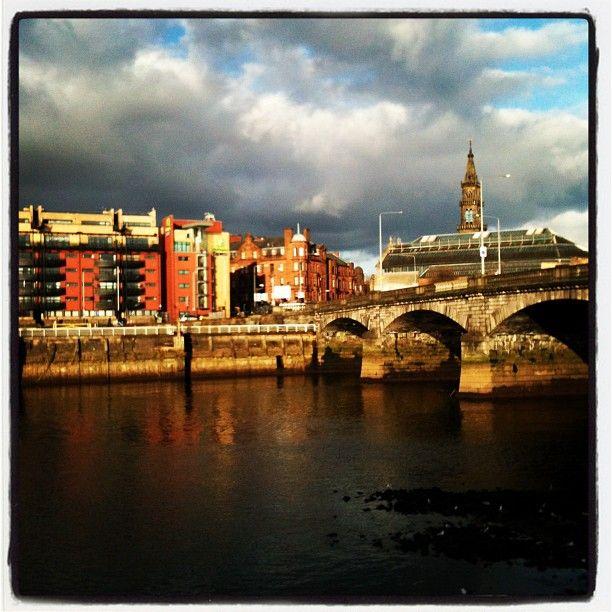 Beautiful day in Glasgow by @yellohmaple