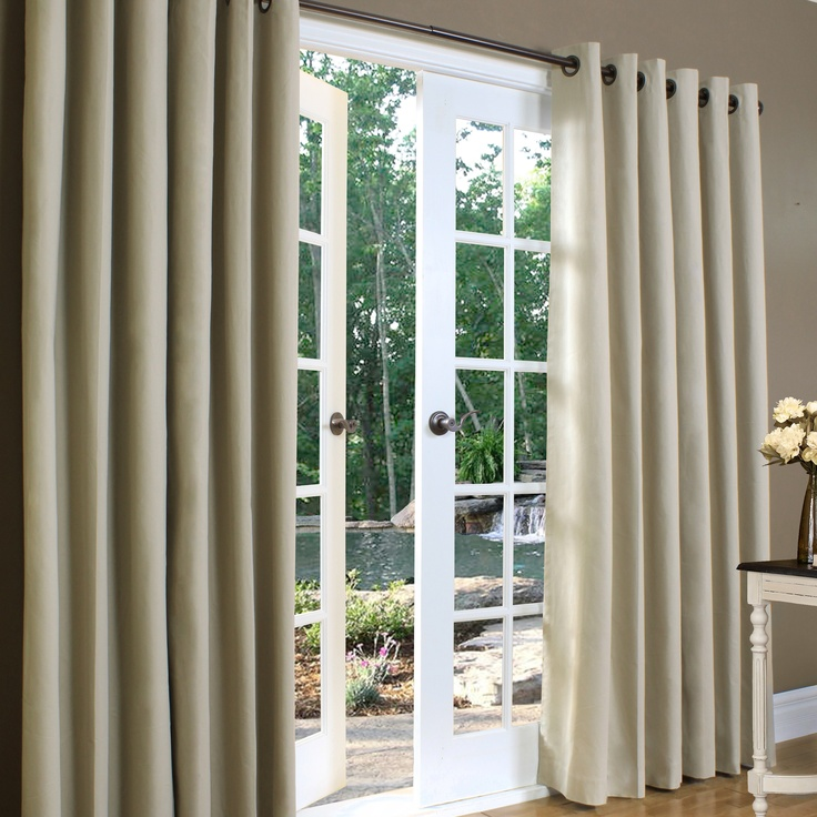 Insulating curtains for sliding glass doors