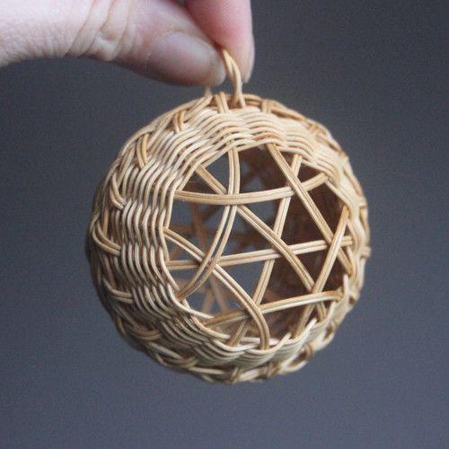 Výsledek obrázku pro pletení z pedigovych  pásků