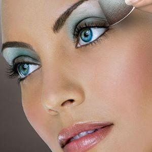 185 best makeup images on pinterest face shapes hair