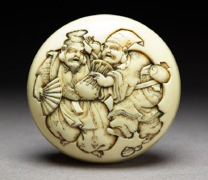 Ikkōsai Kōjitsu, Manjū netsuke depicting the gods Daikoku and Ebisu dressed as manzai dancers, Meiji Period (1868 - 1912), Ivory and pigment, @ashmoleanmuseum, Oxford #dance