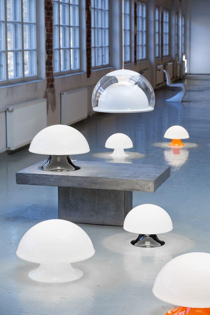 Kerainterior – La Boheme ja Siluette-valaisimet. 1969. Suunnittelija: Heikki Turunen. Pöytävalaisimen valkoinen kupu, sienimäinen muoto ja värillinen jalka ihastuttavat vuodesta toiseen. Siluette -riippuvalaisimen heijastinpinnat piirtyvät hienostuneeksi siluetiksi kuvun sisällä, valon tuodessa esiin heijastinpintojen kauniit kaaret. #habitare2014 #design #sisustus #messut #helsinki #messukeskus