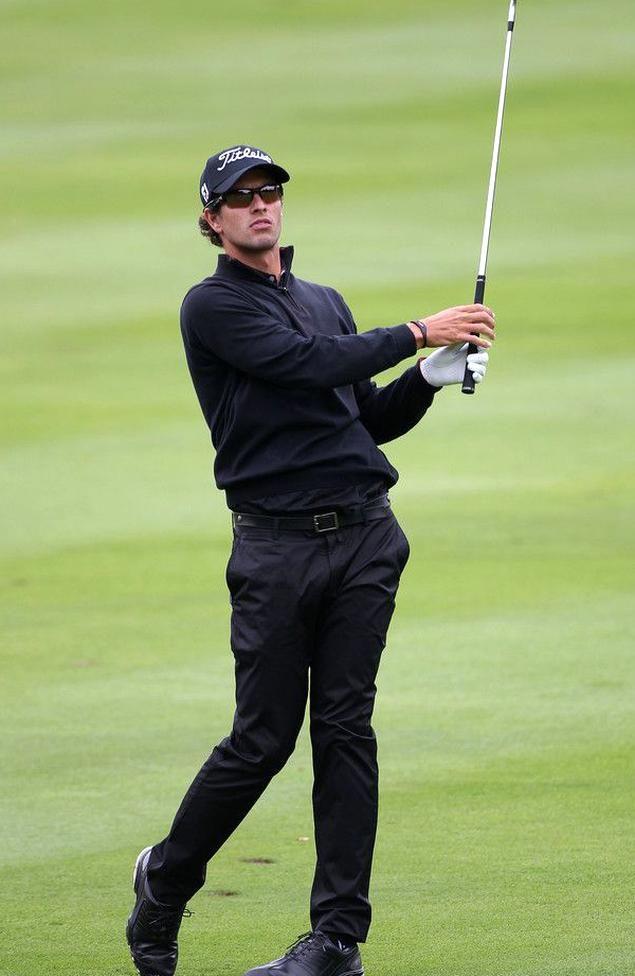 Adam Scott Bmw Championship Round Two September 16 2011 In 2020 Mens Golf Outfit Golf Outfit Adam Scott Golfer