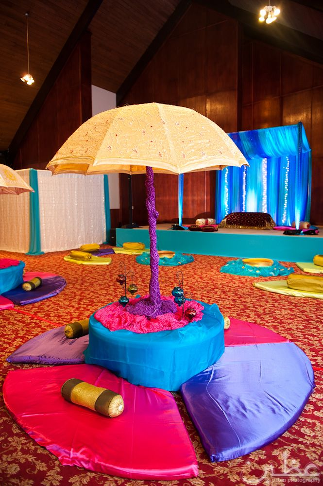 138 best images about mehndi decor on pinterest for 25th wedding anniversary stage decoration