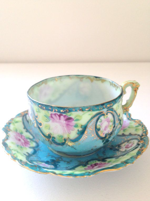 Handcrafted tea cup and saucer -  Japan