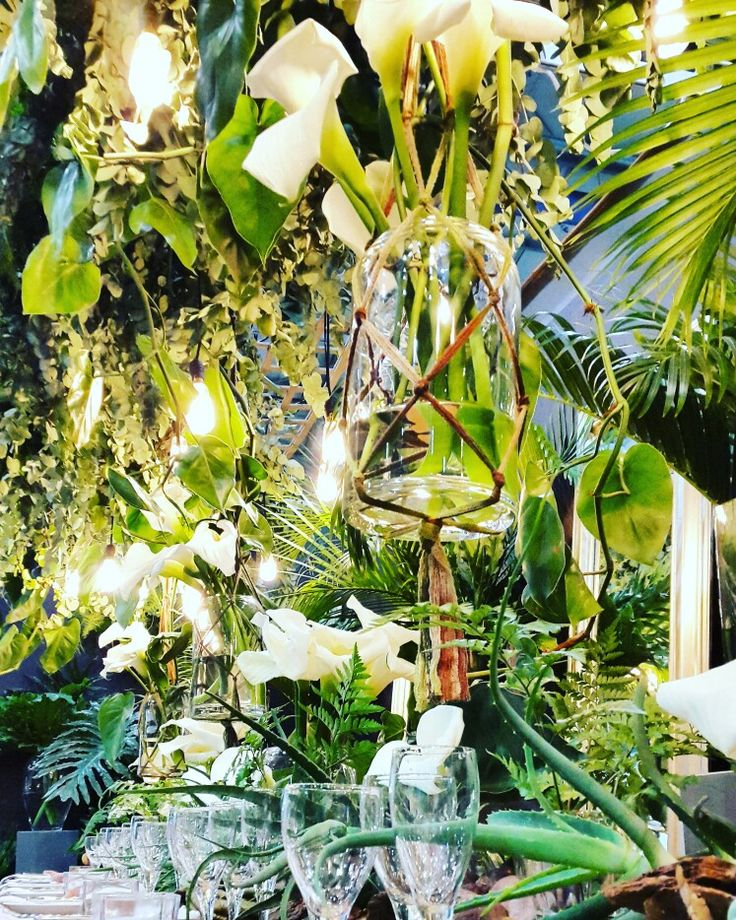 A close up of our table display and stand at Decorex Durban 2017. #decorex #decorex2017 #decorexdbn2017 #goinggreen #hanginggarden #arumlillies #aloes #functionsforafrica