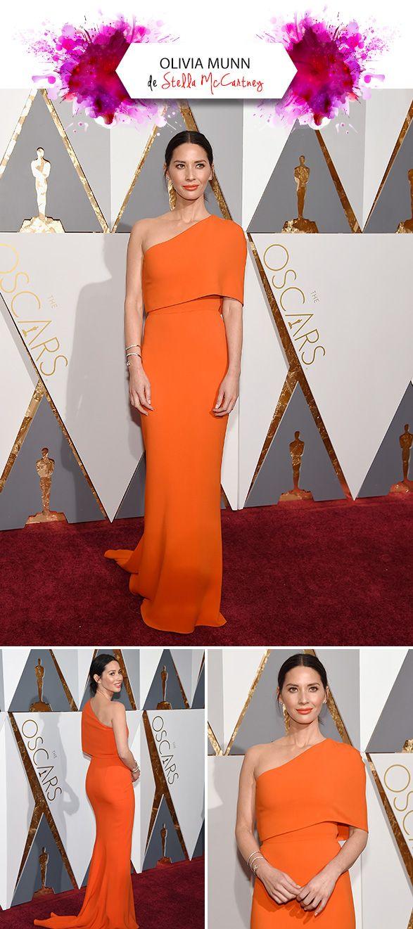 Nesse domingo rolou em Los Angeles a premiação mais esperada da temporada de red carpets: o Oscar!!! De modo geral achei o tapete vermelho meio fraco… Sabe quando você precisa pensar bem pra chegar em looks que realmente te emocionaram – ou quase? hehe Mas depois de acompanhar as 5376546 estrelas que passaram pelo Dolby …