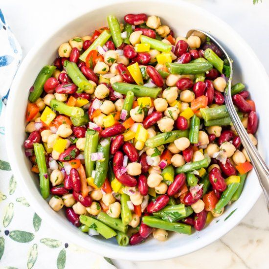 Fresh and Easy Three Bean Salad is a must at your next picnic or barbecue! #DairyFree #GlutenFree #Vegan