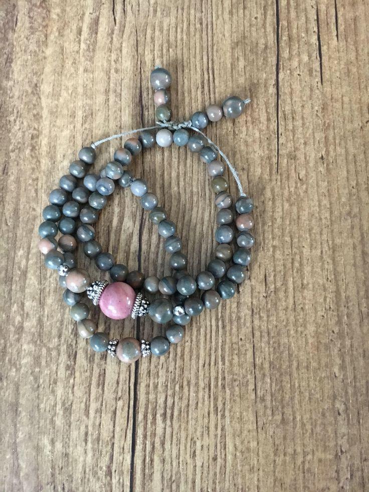 Le chouchou de ma boutique https://www.etsy.com/ca-fr/listing/553602330/ensemble-de-trois-bracelets-zen-jaspe-et