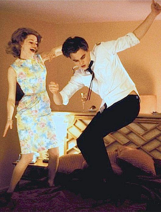 """Elizabeth Banks and Leonardo DiCaprio dancing in a deleted scene from """"Catch Me If You Can"""""""