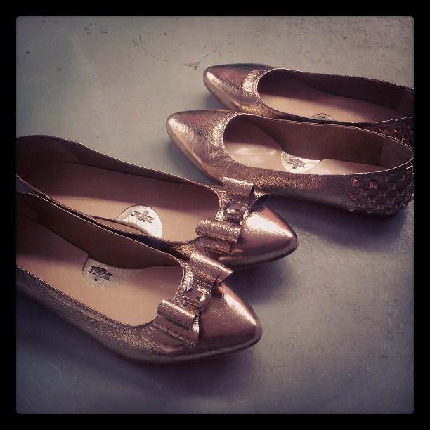 #flats #custom #gold #shine #kalishoes