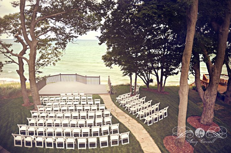 Rustic wedding venues in holland michigan mini bridal for Honeymoon spots in michigan