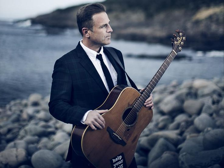 Séan McCann's journey captured in his music and his words. By Paul Rellinger. Former Great Big Sea member's openness about his sexual abuse, subsequent alcoholism at the heart of his November 26 Market Hall appearance.
