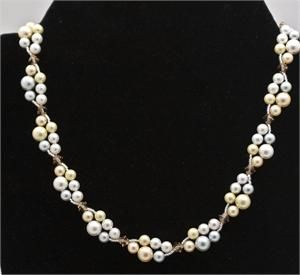 GLORIOUSLY SIMPLE INTERWORVEN DOUBLE-STRAND NECKLACE - SO EASY, AND WOULD BEAD UP VERY QUICKLY!