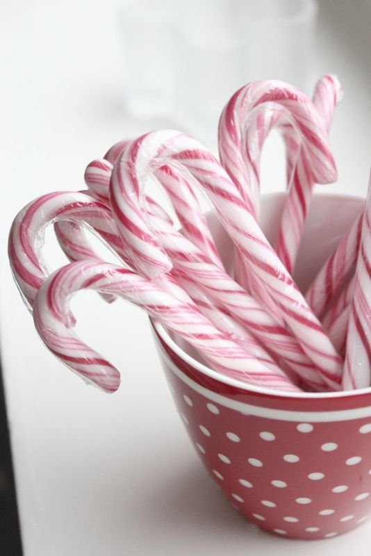 Candy canes │Green Gate