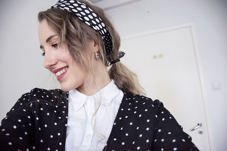 Outfit, style, polka dots, dots, fashion, winter, spring, 2018, dress, white shirt, scarf