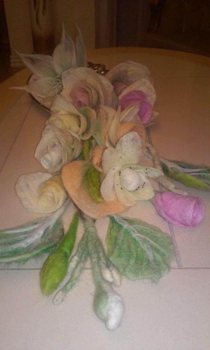 Filcowane kwiaty.