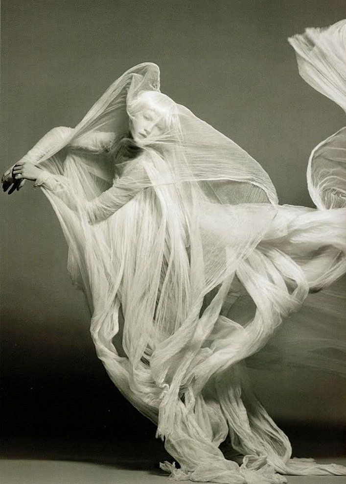 The greatest photograph of Loie Fuller that I've ever seen.